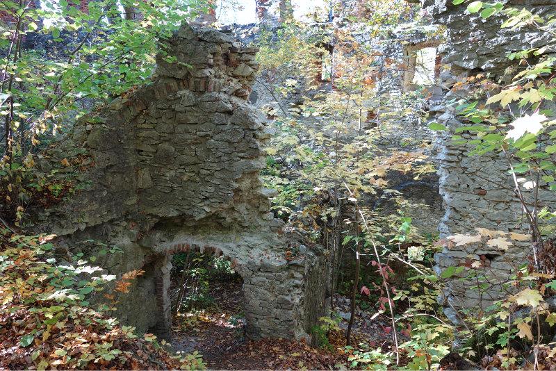 Burgruine Hochhaus 3