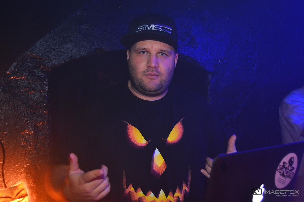 Outta Halloween Suxul 15