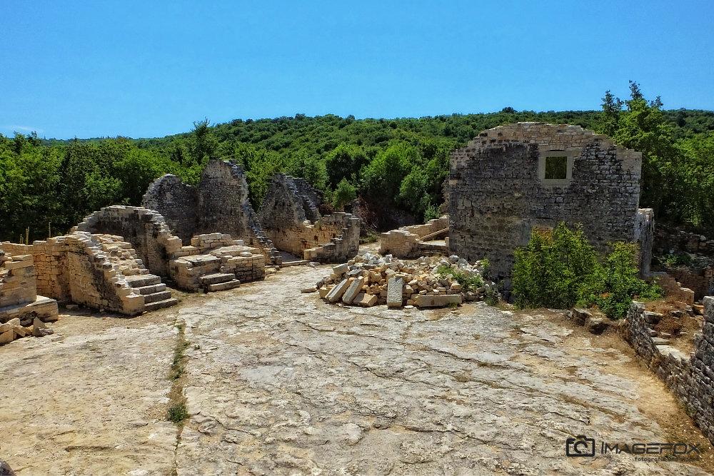 12 Dvigrad Kroatien
