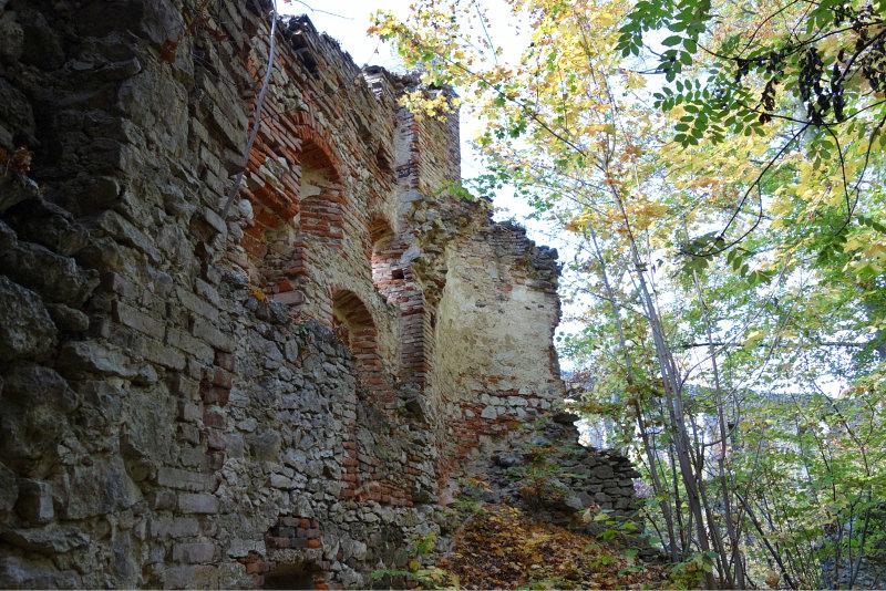Burgruine Hochhaus 2