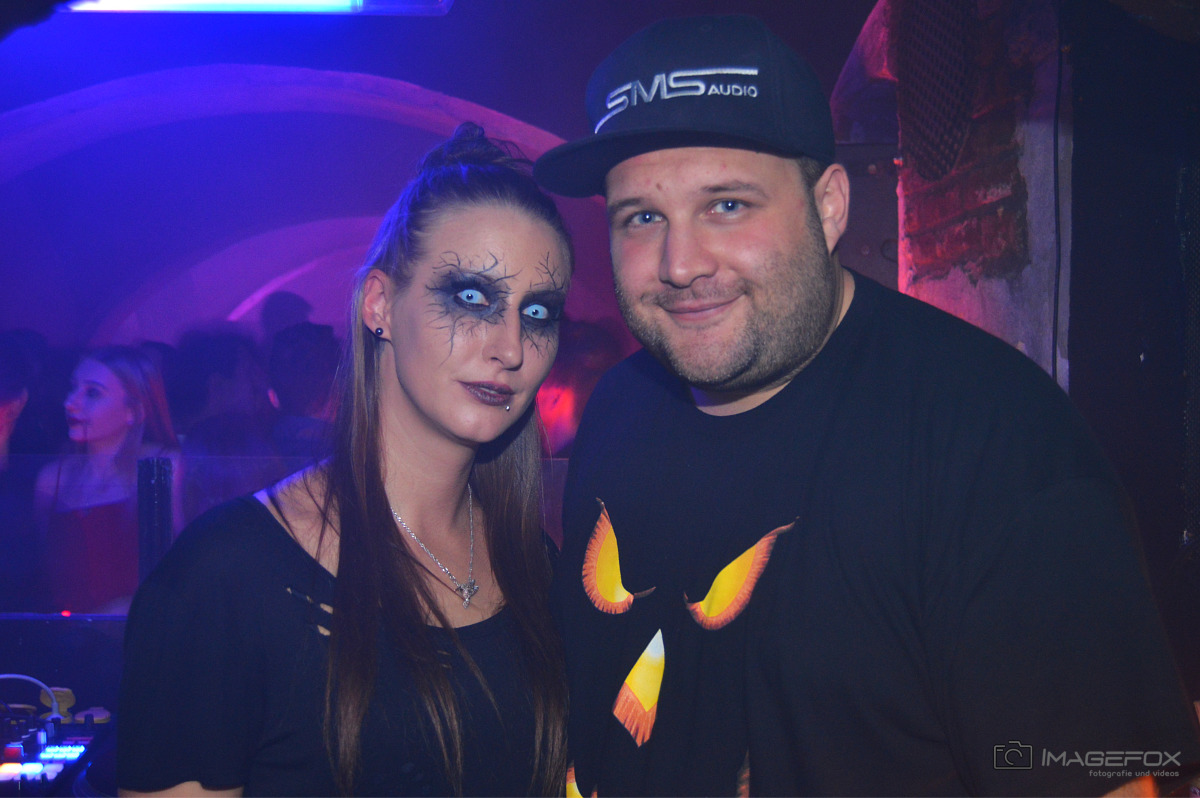 Outta Halloween Suxul 16