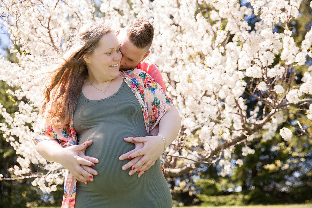 couple + grossesse + accompagnement à la naissance + cours prénataux