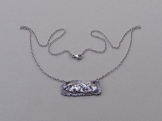 Stratigraphic Necklace