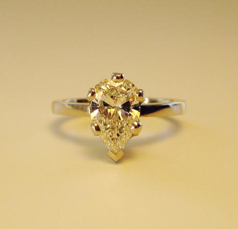 Engagement ring C&S