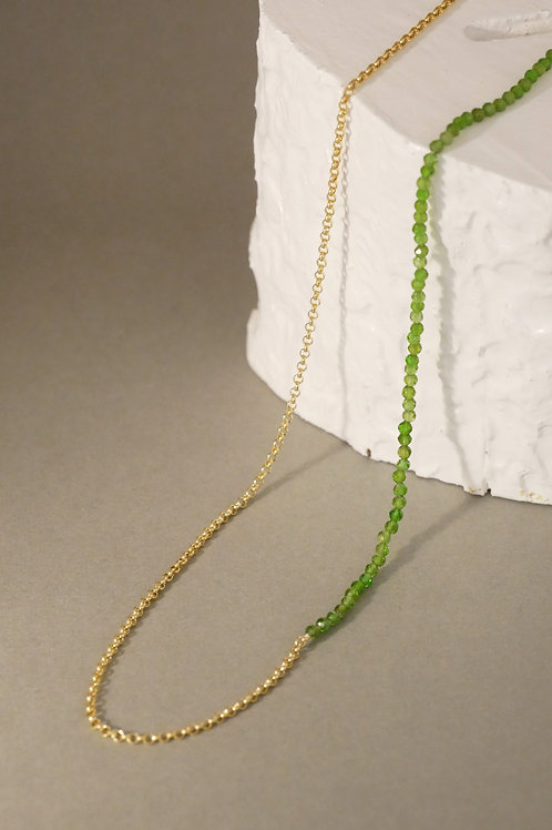 "Necklace ""Asymmetry"" with chromium diopsides"