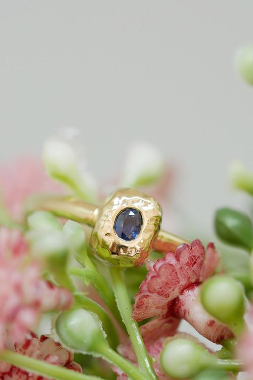 Engagement ring L&C