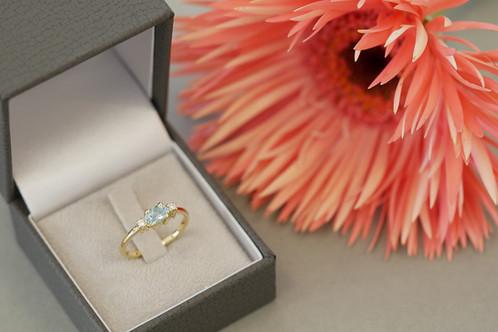 Engagement ring R&M