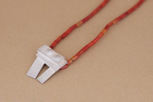 """Necklace """"Tu me fais fondre"""" with coral"""