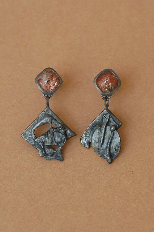 "Earrings ""Tu me fais fondre"" with sunstones"