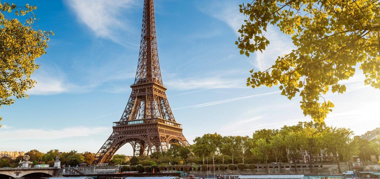 tour-eiffel-et-paris-fond-d-ecran-2880x1