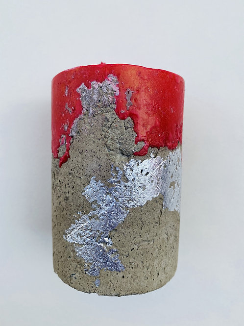 Bougie ciment argentée rouge