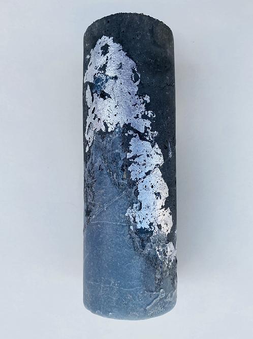 Bougie ciment argentée gris foncé