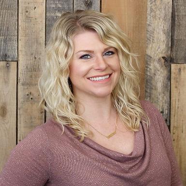 Jillian Slais Level 4 Stylist & Makeup Artist