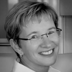 Suzanne Weeks