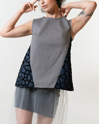 Dana Gated Tunic in Grey
