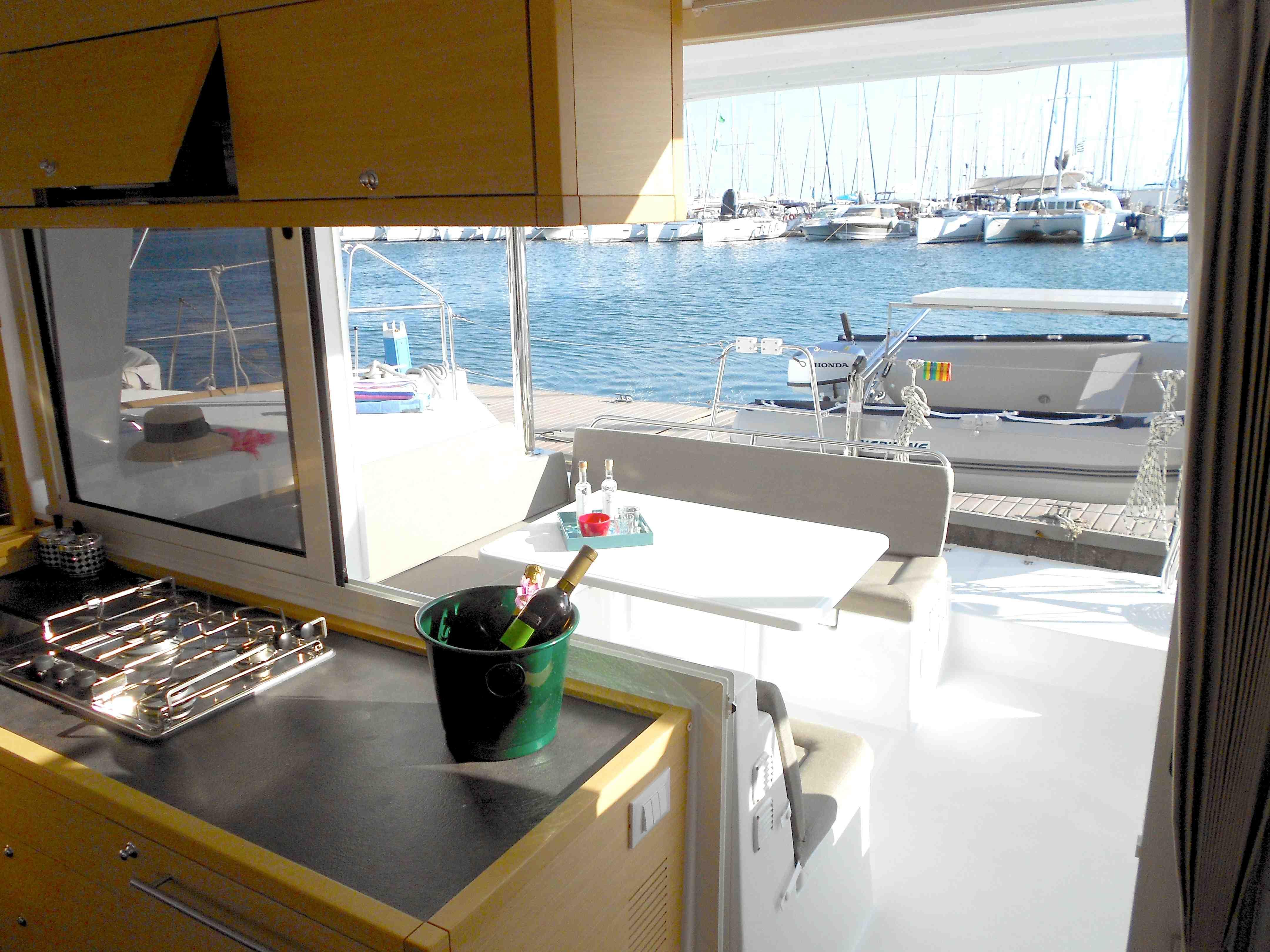 Christal Sailing | vue du catamaran