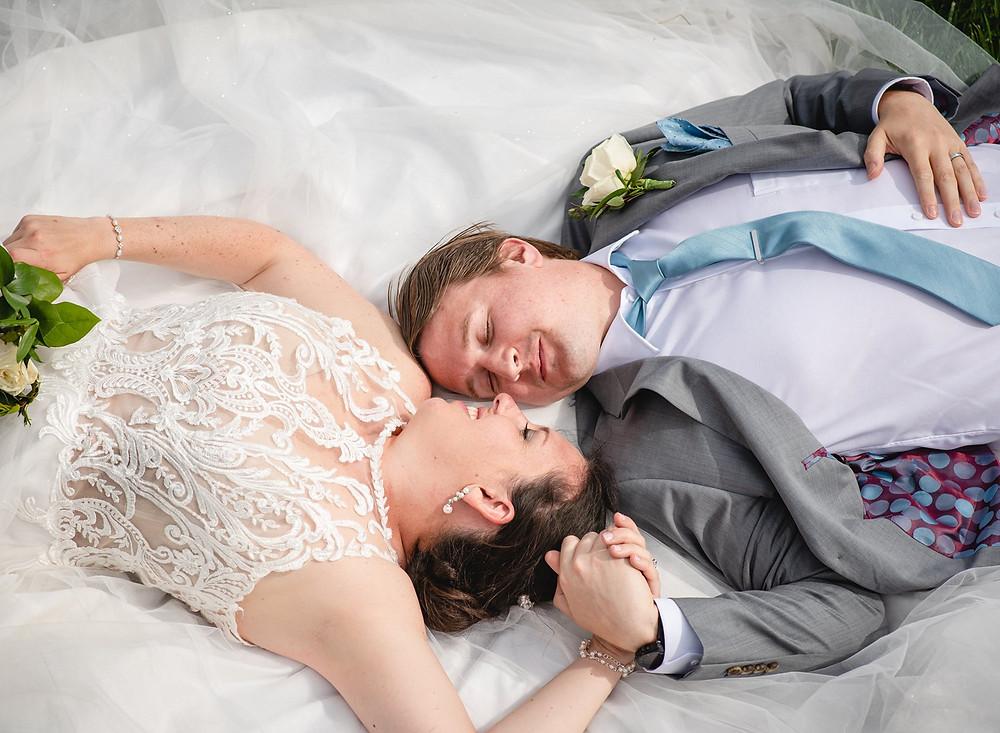 couple wedding portrait at Waveny Park in Connecticut