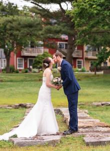 bride and groom kissing at Saybrook Point Inn