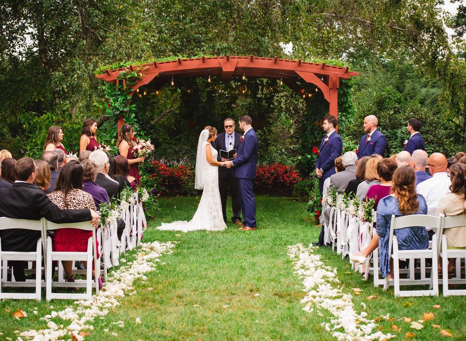new-england-wedding-ceremony