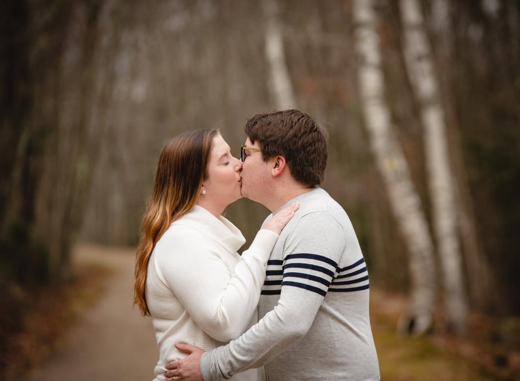 couple-kissing-country-lane.jpg