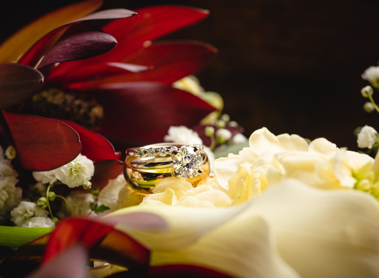wedding bouquet and rings detail photography