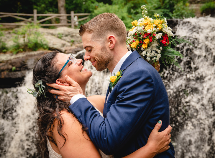 Connecticut elopement photography of bride and groom