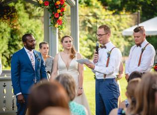 backyard wedding ceremony in Connecticut