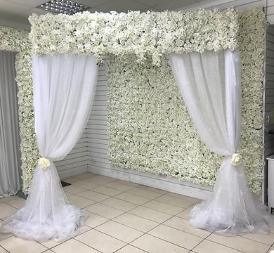 FLORAL DRAPED ARCH