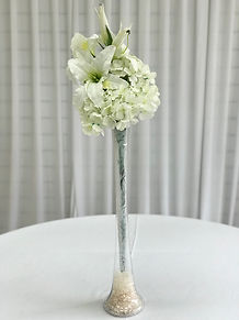 WEDDING CENTERPIECE LILY VASE HIRE LONDO