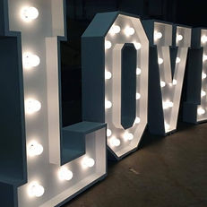 4FT LOVE STAND HIRE