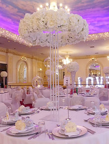 WEDDING HALO CENTERPIECE