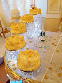 CRYSTAL CAKE STAND HIRE