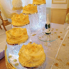 CRYSTAL CAKE STND HIRE