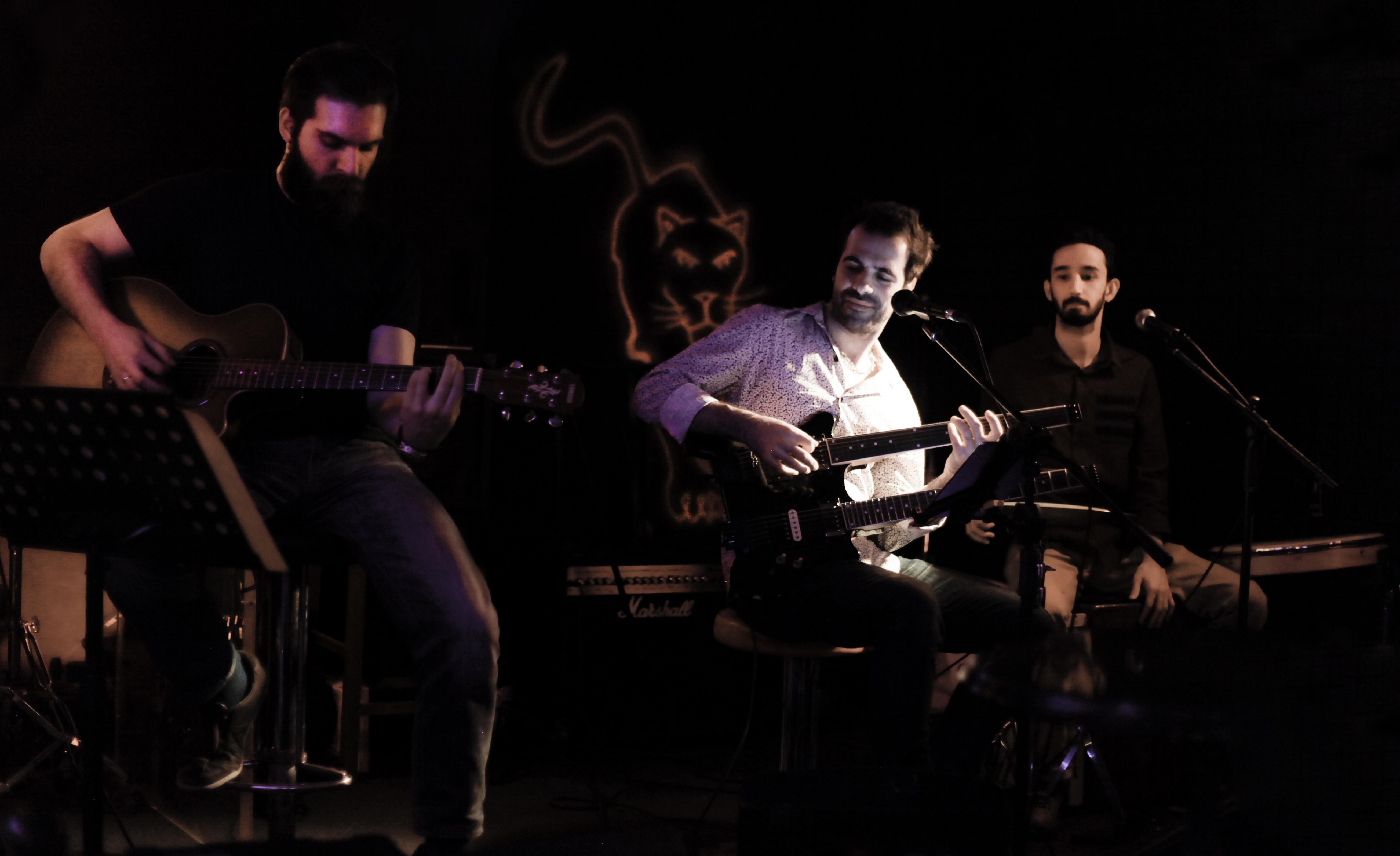 Ozan Erkan Akustik _ Küçük Bronx Dark Stage