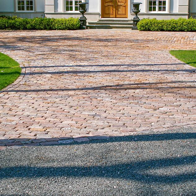 Granite Cobble Drive Court Bluestone Chip Gravel Drive