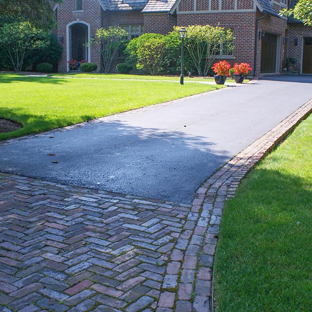Antique Clay Paver Drive Apron