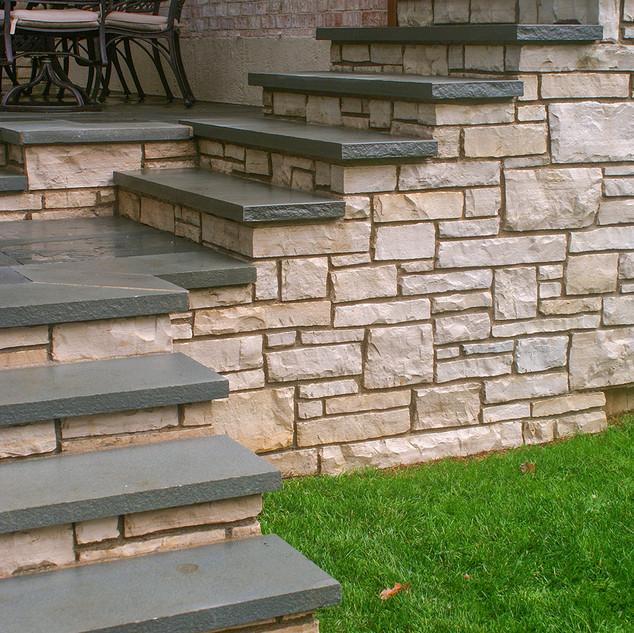 Lannonstone Walls Bluestone Treads