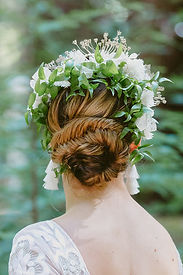 Wedding Hair by Amy Lawson (www.bridesbyamy.com)