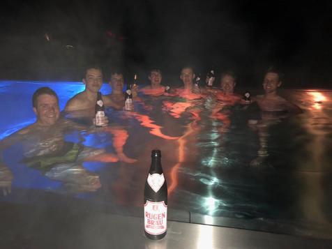 Infinity Pool Hotel Spinne