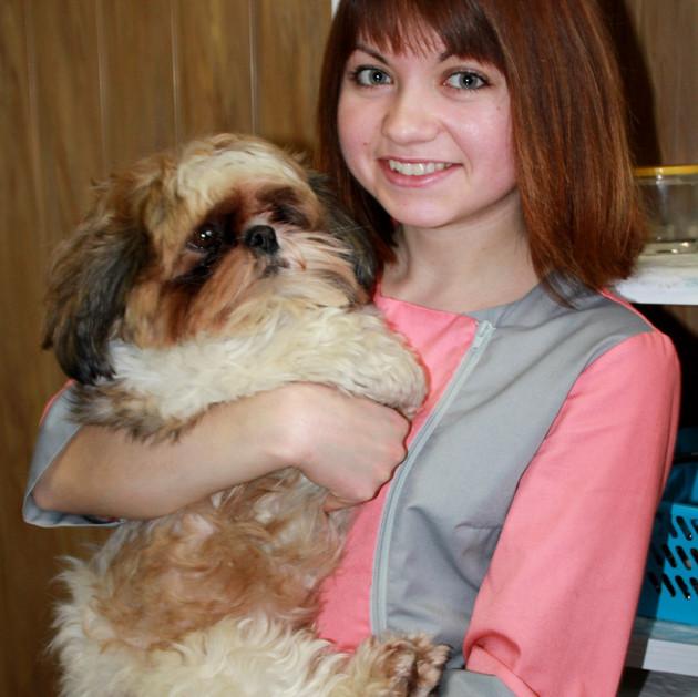 ДУНАС ГАЛИНА – асистент лікаря ветеринарної медицини