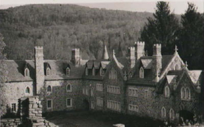 Sasha Graham's Tarot Card a Day Blog – The Haunted Castle Spread