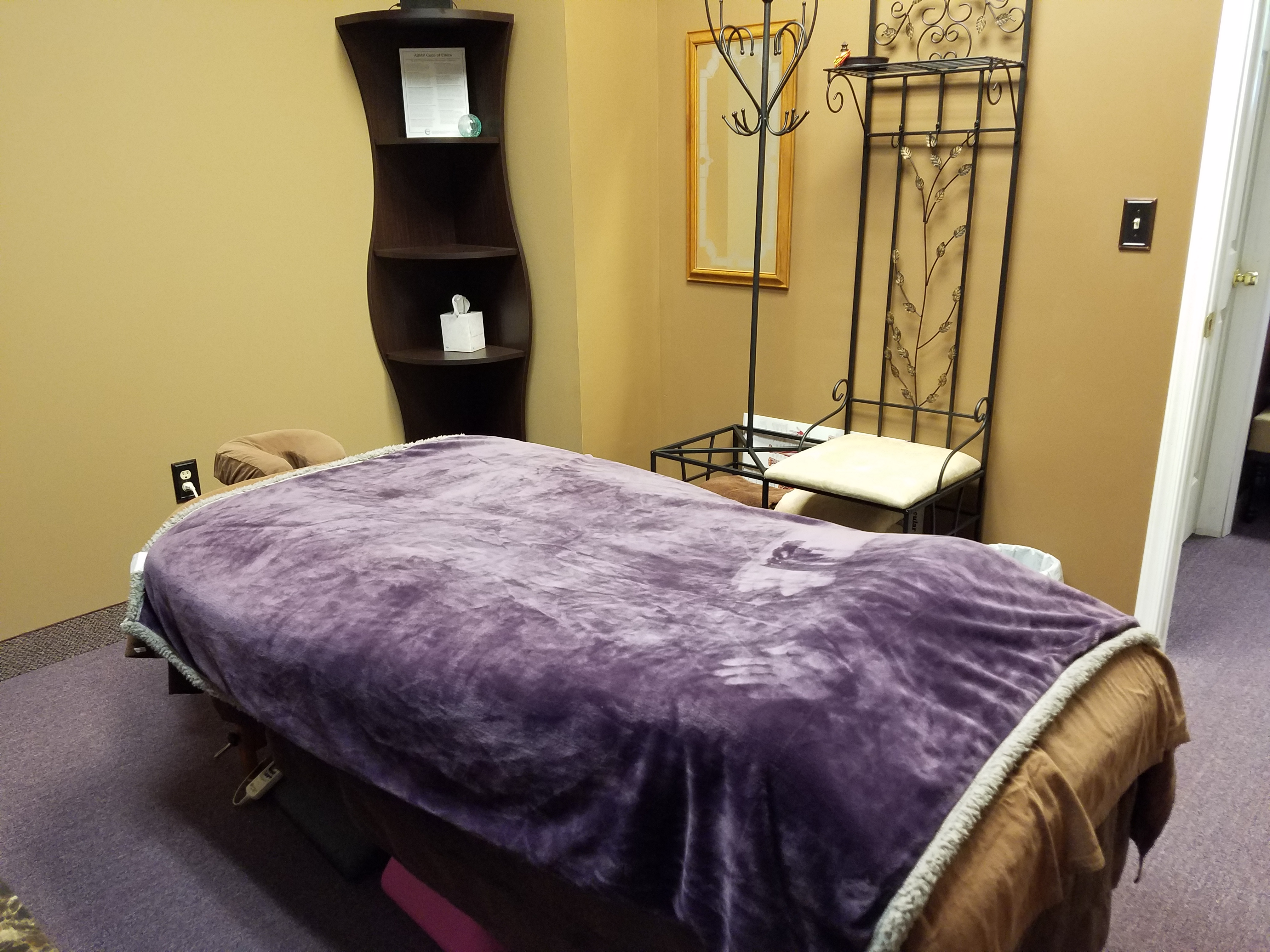 Massage Room (2)