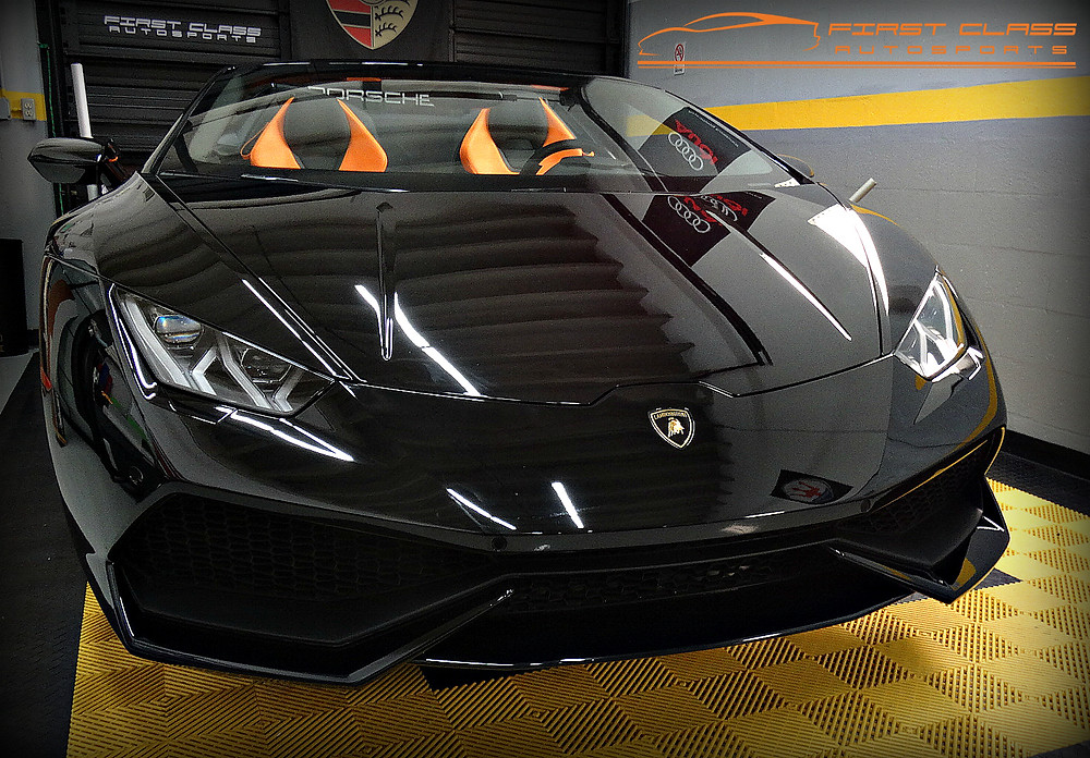Lamborghini Huracan LP610-4 Spyder wrapped in an exclusive printed car wrap.