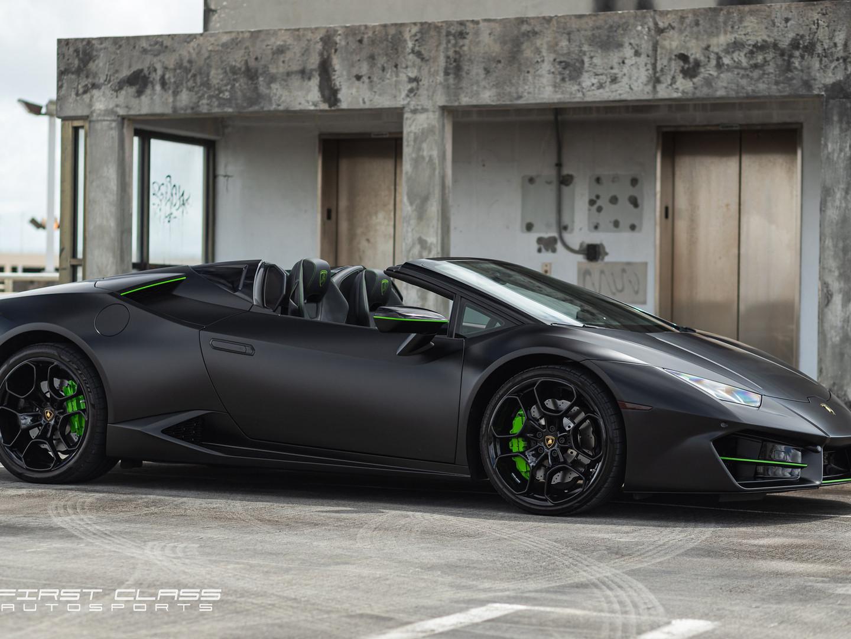 Lamborghini Huracan matte wrap Miami