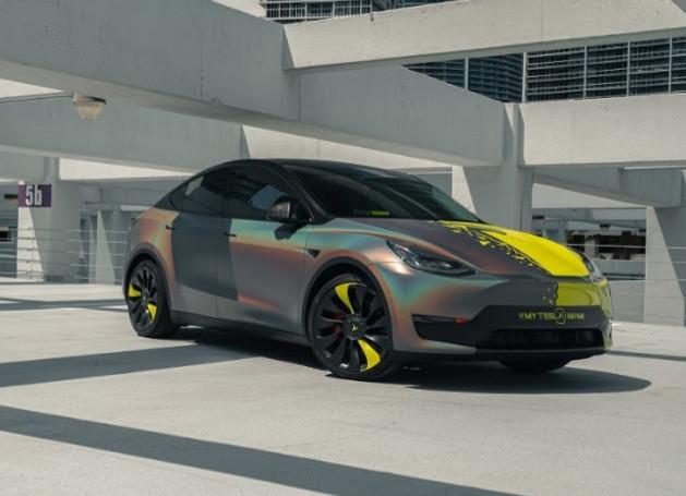 3M satin flip car wrap Miami on the new Tesla Model Y
