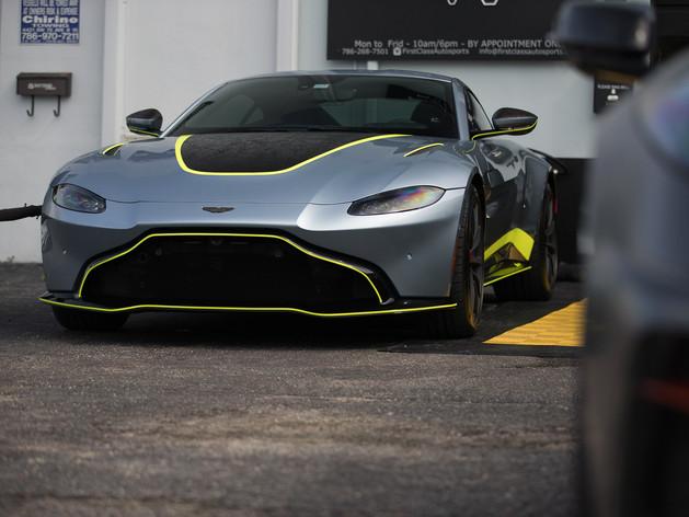 Aston Martin Vantage custom wrap Miami.j