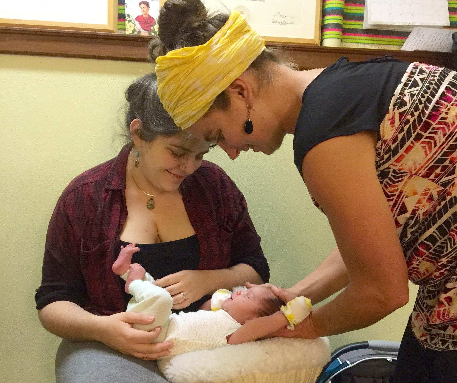 Audrey_Chiropractor-newborn crop