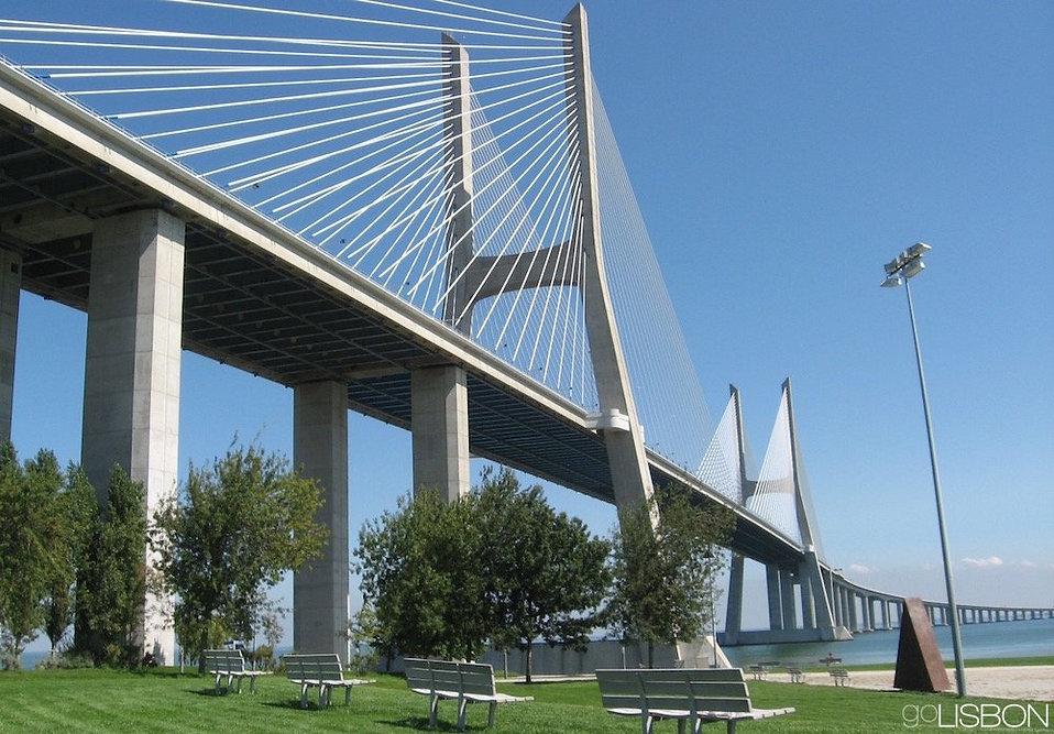 ponte-vasco-da-gama.jpg