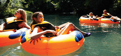family_rafting_944