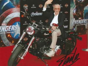 """IN MEMORIUM: Stan Lee - """"The Man of Immortal Stories"""""""